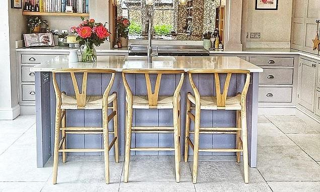 Call to the bar:Finding a good kitchen stool can make your head spin