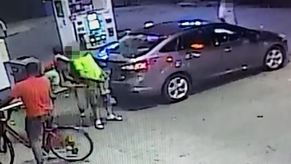 DC robbery suspects caught on camera wrestling victim to ground, beating him at gas station