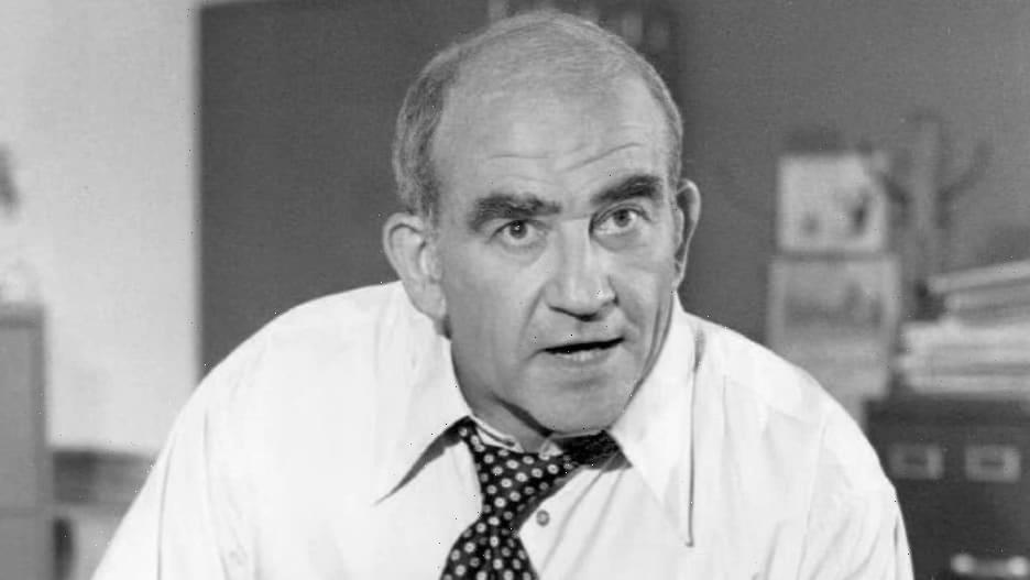Ed Asner, Emmy-Winning Star of 'Lou Grant' and 'Up,' Dies at 91