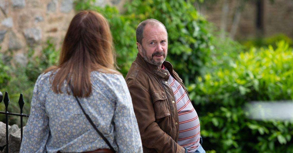 Emmerdale fans will recognise Wendy's ex Russ actor Rob Jarvis from BBC's Hustle