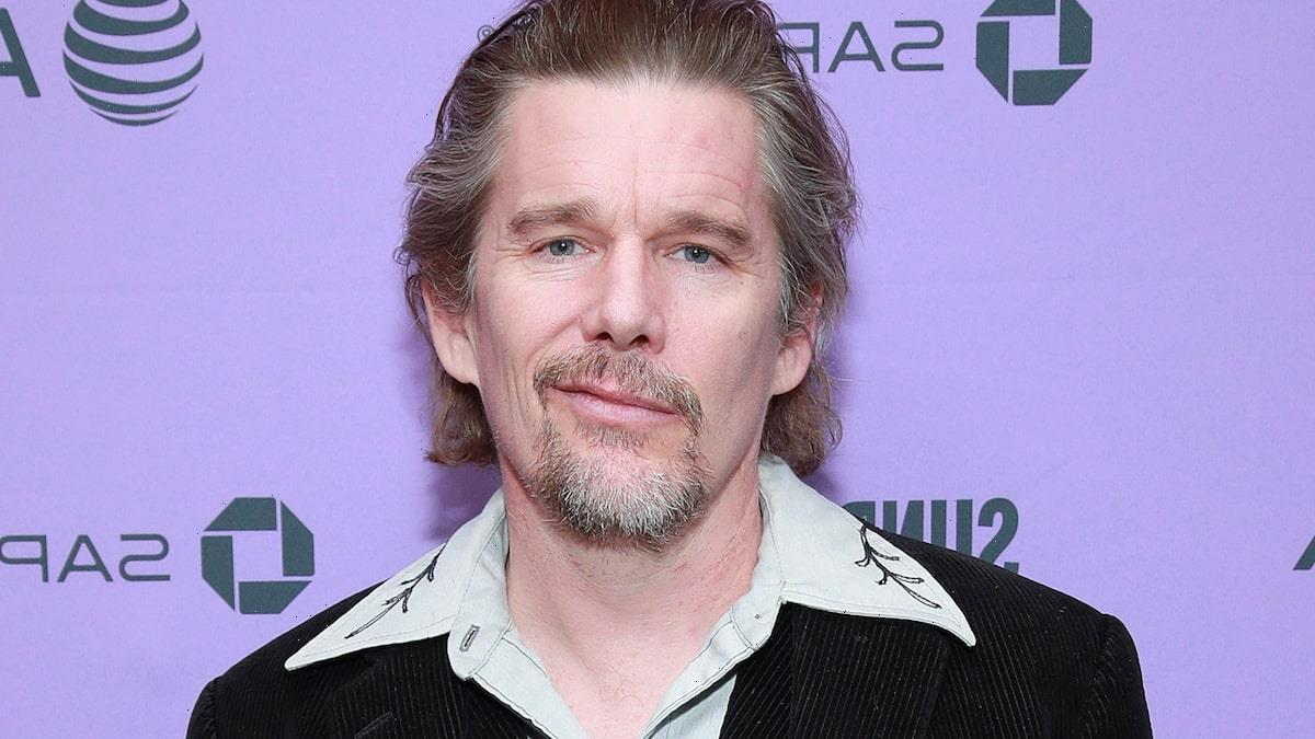 Ethan Hawke Says Robin Williams 'Irritated' Him on Dead Poet's Society Set, Thought Late Star Hated Him