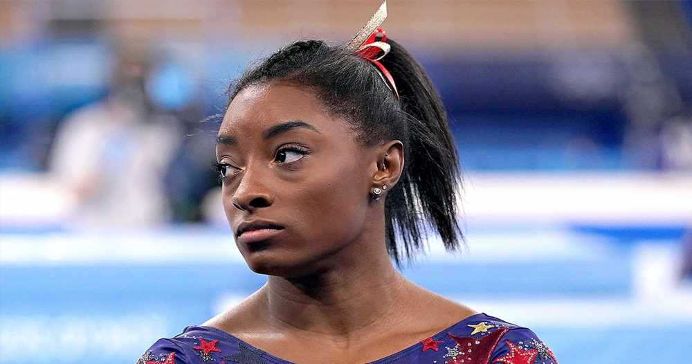 Simone Biles Withdraws From Floor Final as She Battles the Twisties