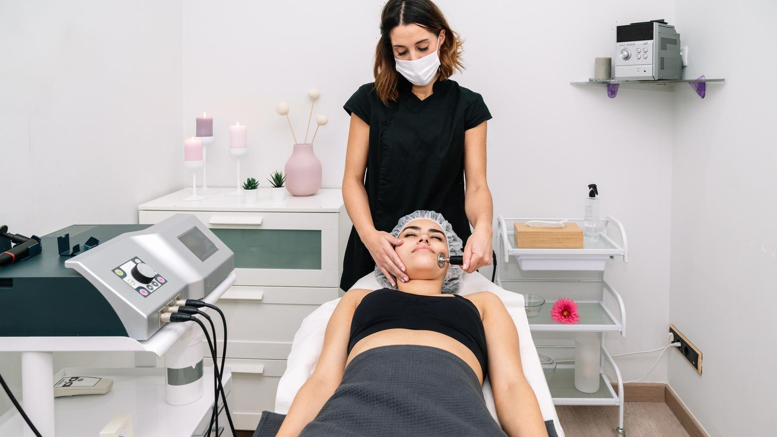 Aesthetician Vs. Esthetician: What's The Difference?