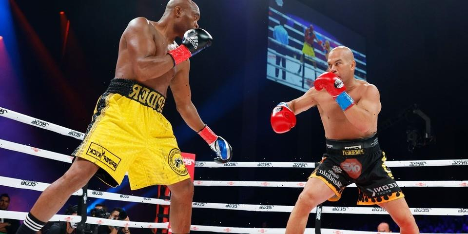 Anderson Silva Knocks Out Tito Ortiz in First Round of Triller Match
