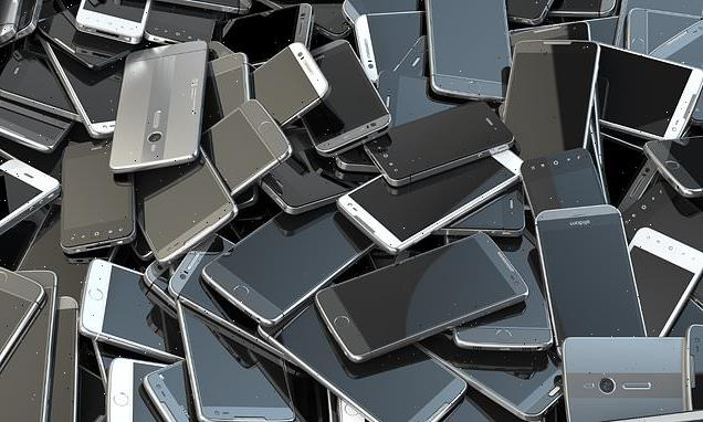 Computers and phones 'may emit more greenhouse gases than aviation'