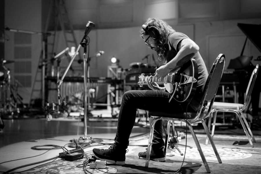 Dave Grohl to Take Rock & Roll Musings from 'The Storyteller' on Tour