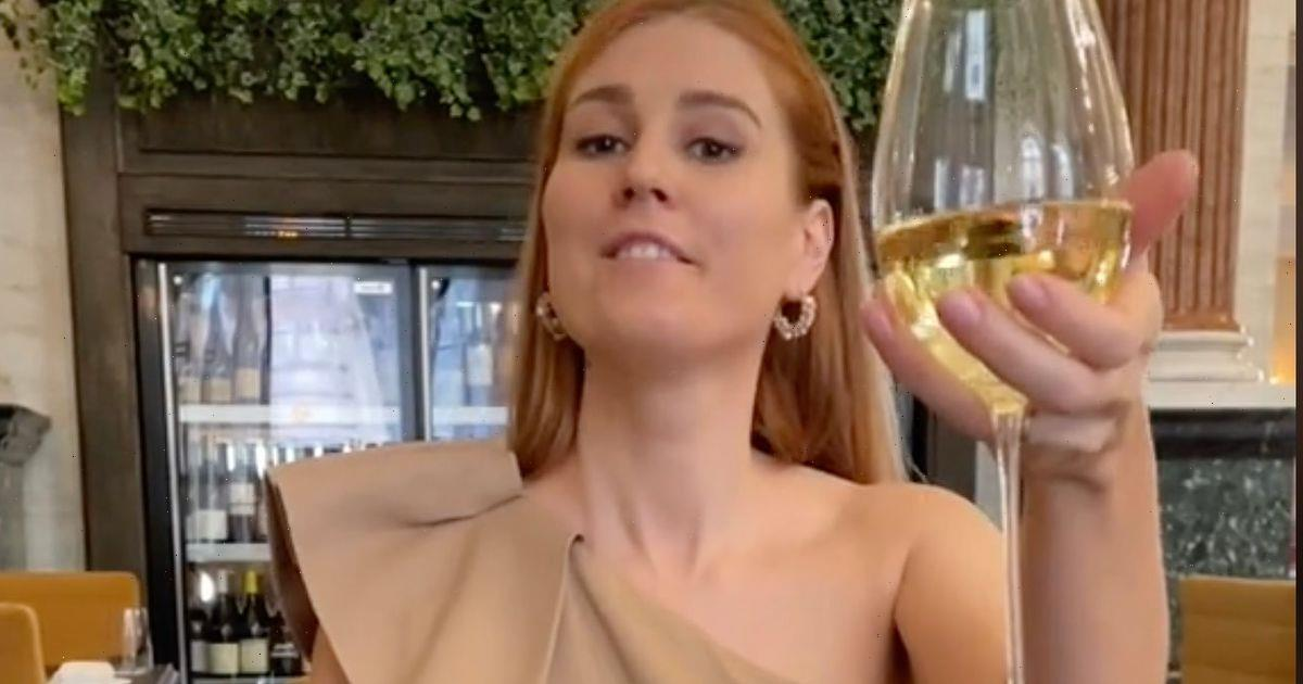 Etiquette expert warns wrongly holding your wine glass could affect its taste