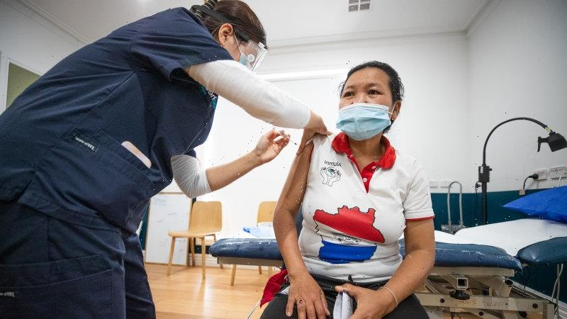 High-risk exposure sites swell as Victoria records 392 new local coronavirus cases