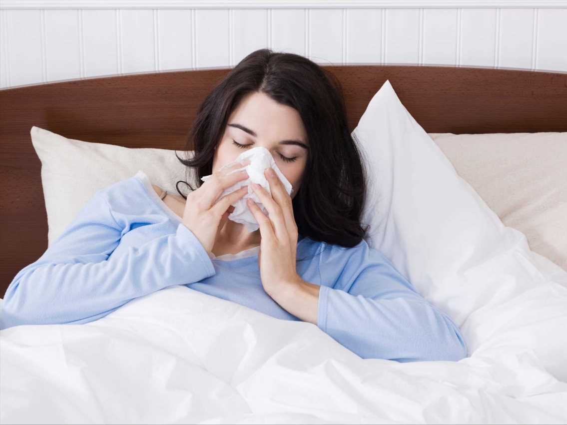How to spot the difference between Covid, flu and a common cold