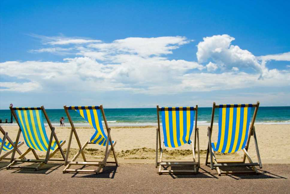 Last minute holiday park & cheap seaside hotel breaks THIS WEEK to make the most of the heatwave