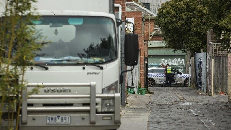 Police surround Melbourne synagogue as worshippers gather for Rosh Hashanah