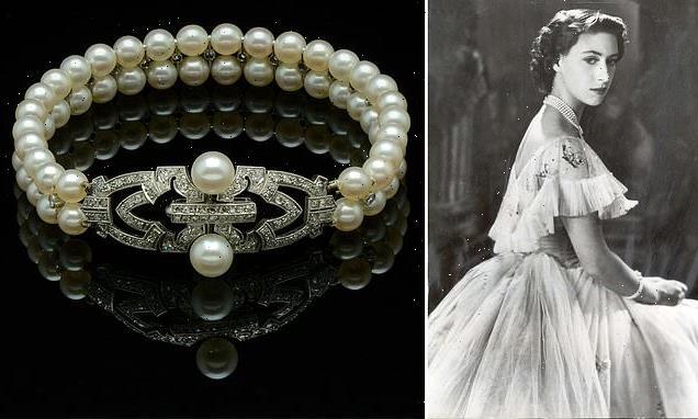 Princess Margaret's diamond and pearl bracelet  sells for £400,000