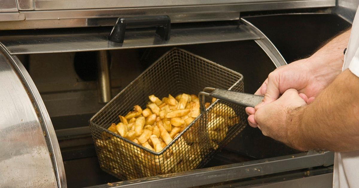 Southerner orders scallops at Northern chippy but doesnt get seafood