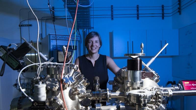 Top UK prize for quantum physicist who says Australia made her successful
