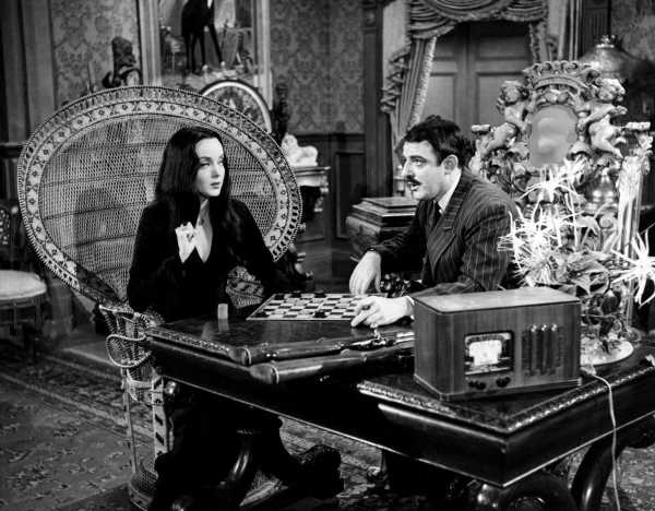 'The Addams Family': Carolyn Jones Was Married to This TV Pioneer