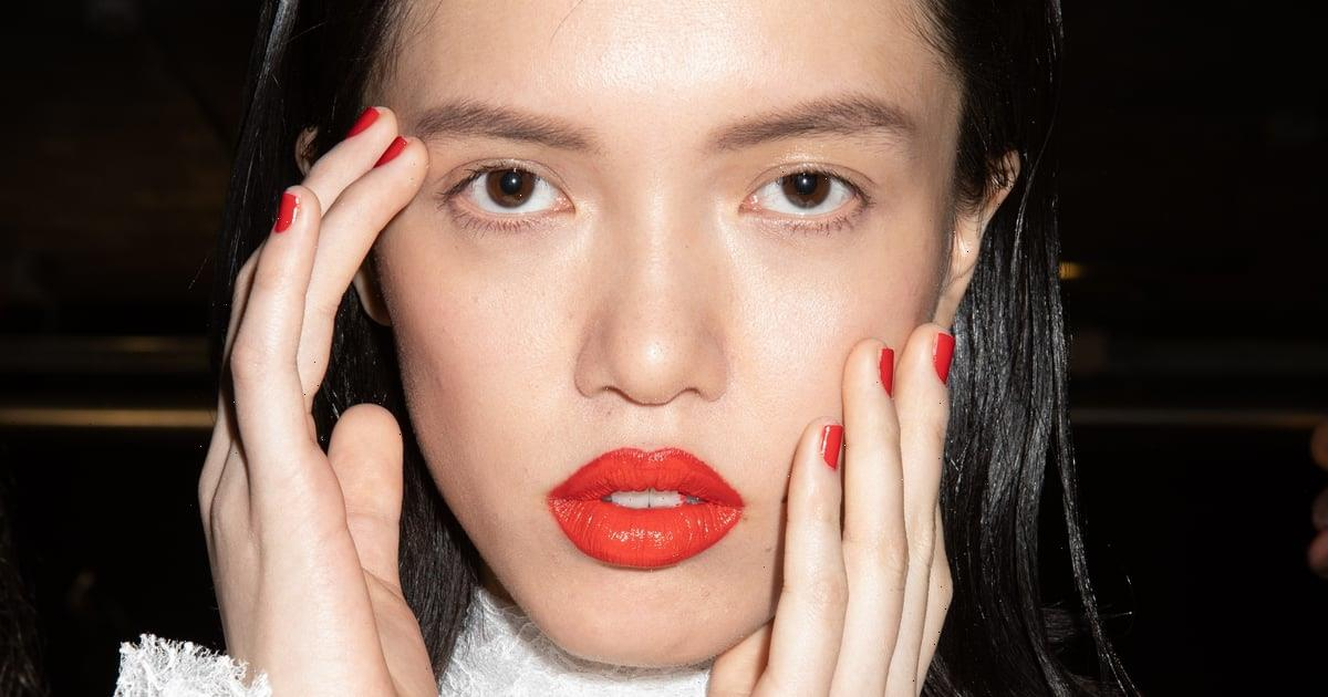 6 Winter Makeup Trends That Will Totally Shake Up Your Beauty Routine