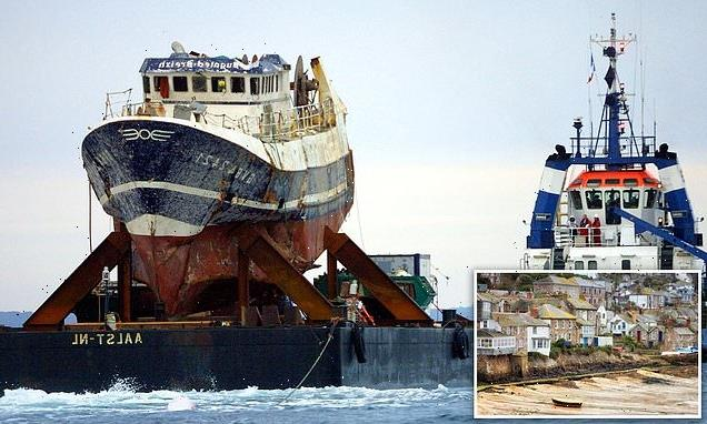 Inquest into deaths of trawlers killed off Cornwall resumes
