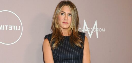 Jennifer Aniston Has Proclaimed Her Love for This Smoothing Clay Mask